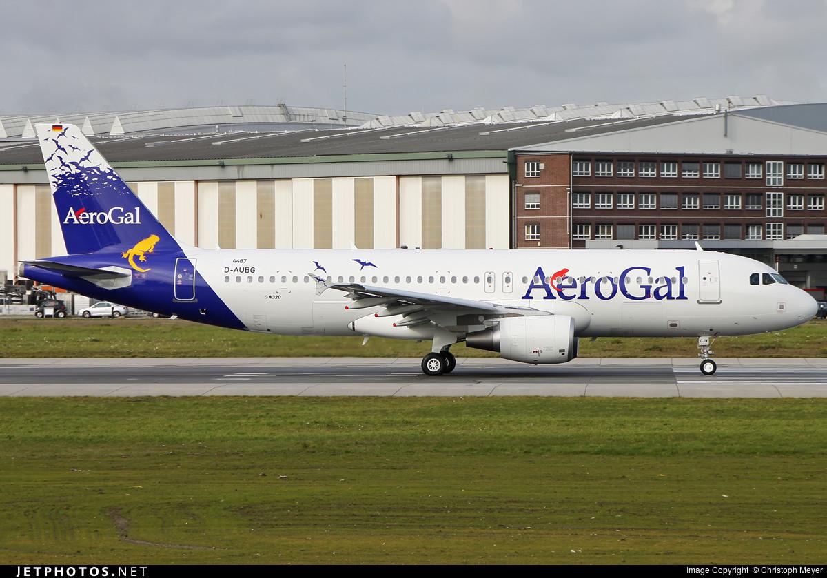 D-AUBG - Airbus A320-214 - AeroGal Aerolíneas Galápagos