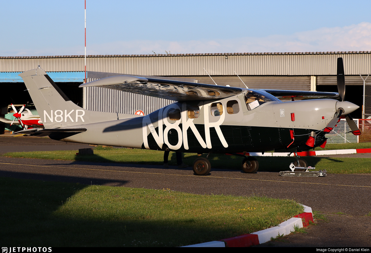 N8KR - Cessna P210N Silver Eagle - Private