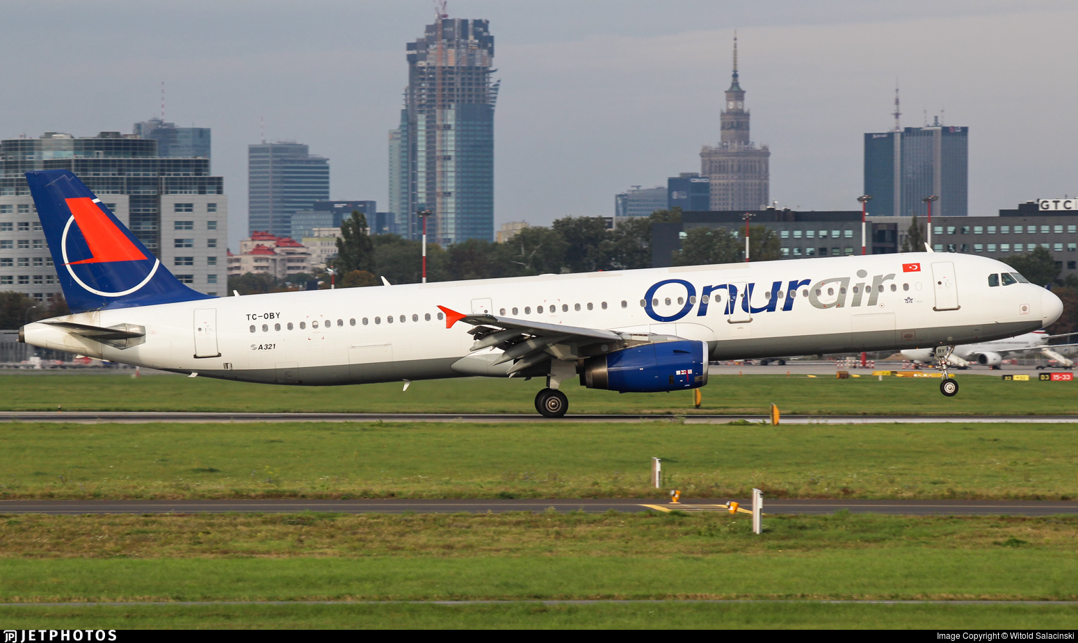 TC-OBY - Airbus A321-231 - Onur Air