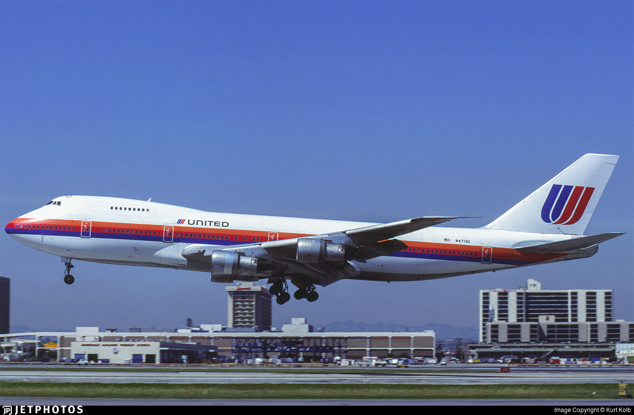 N4713U - Boeing 747-122 - United Airlines