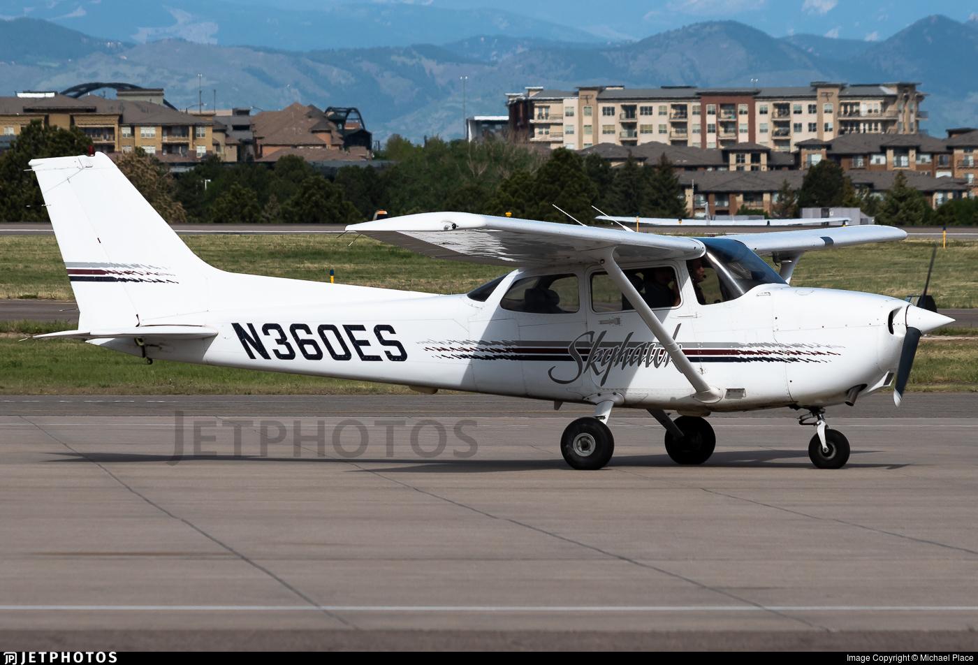 N360ES - Cessna 172R Skyhawk - Private