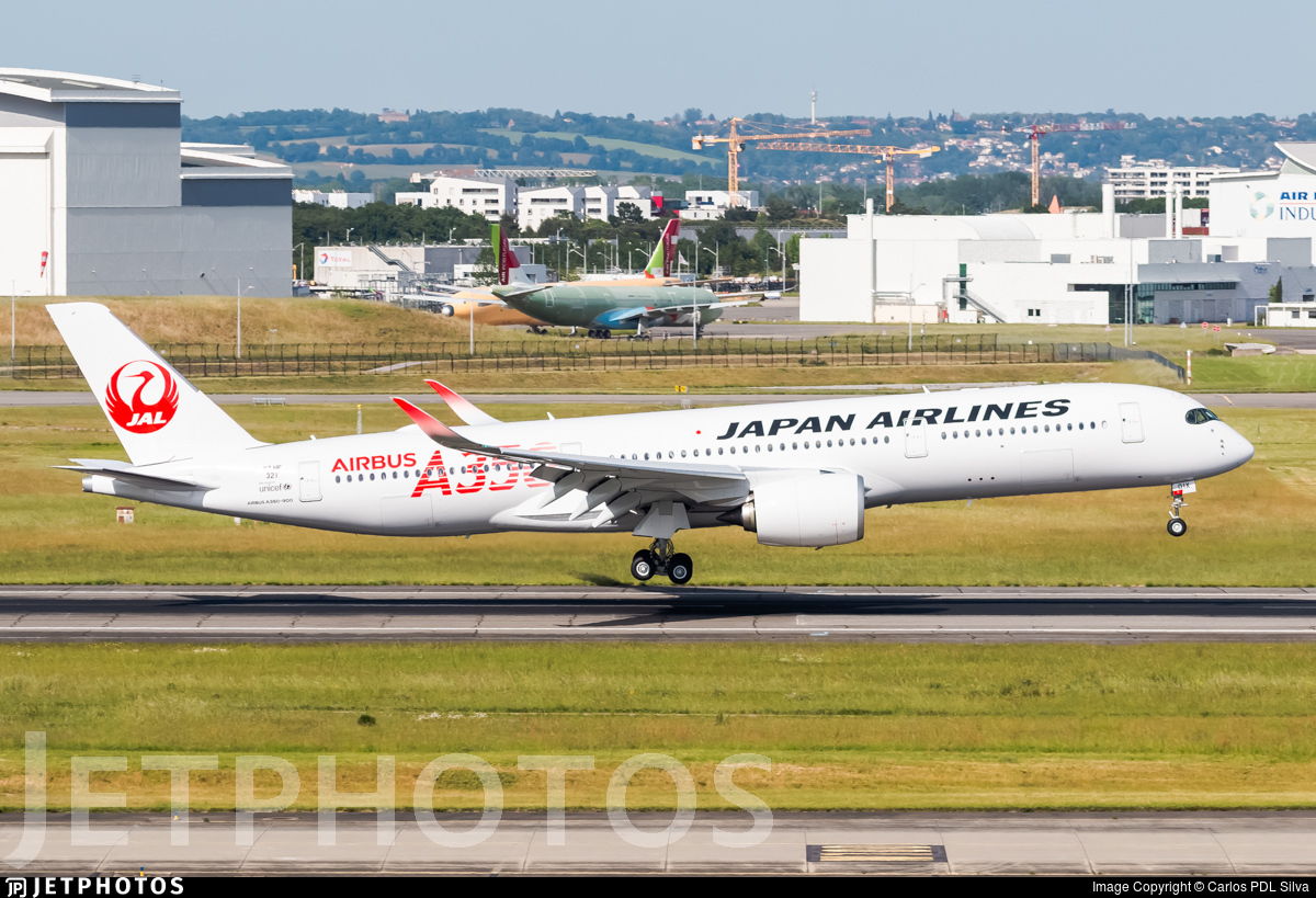 F-WZHF - Airbus A350-941 - Japan Airlines (JAL)