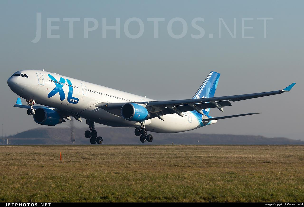 F hxlf airbus a330 303 xl airways france yan david for Airbus a330 xl airways interieur