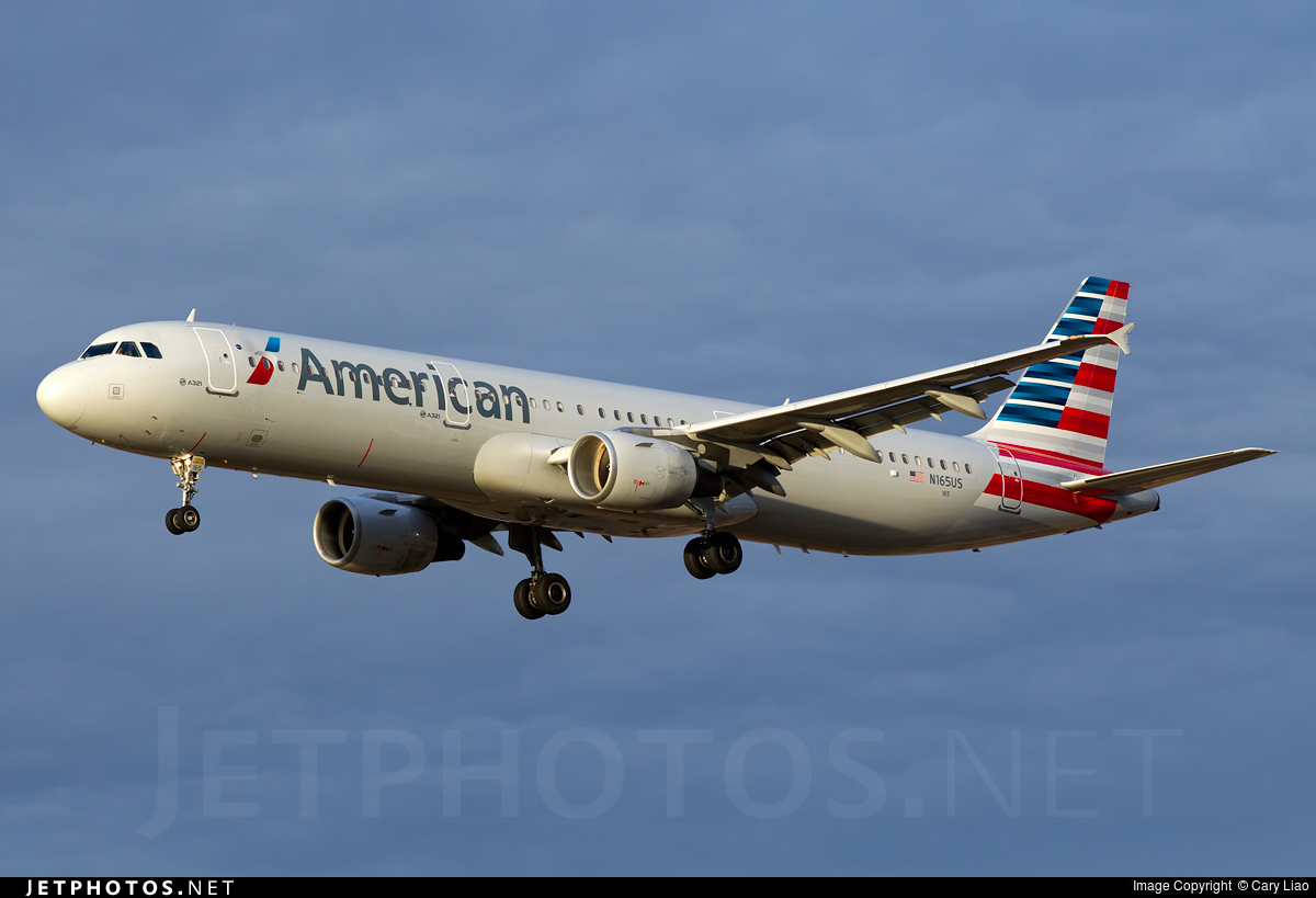 N165us Airbus A321 211 American Airlines Cary Liao