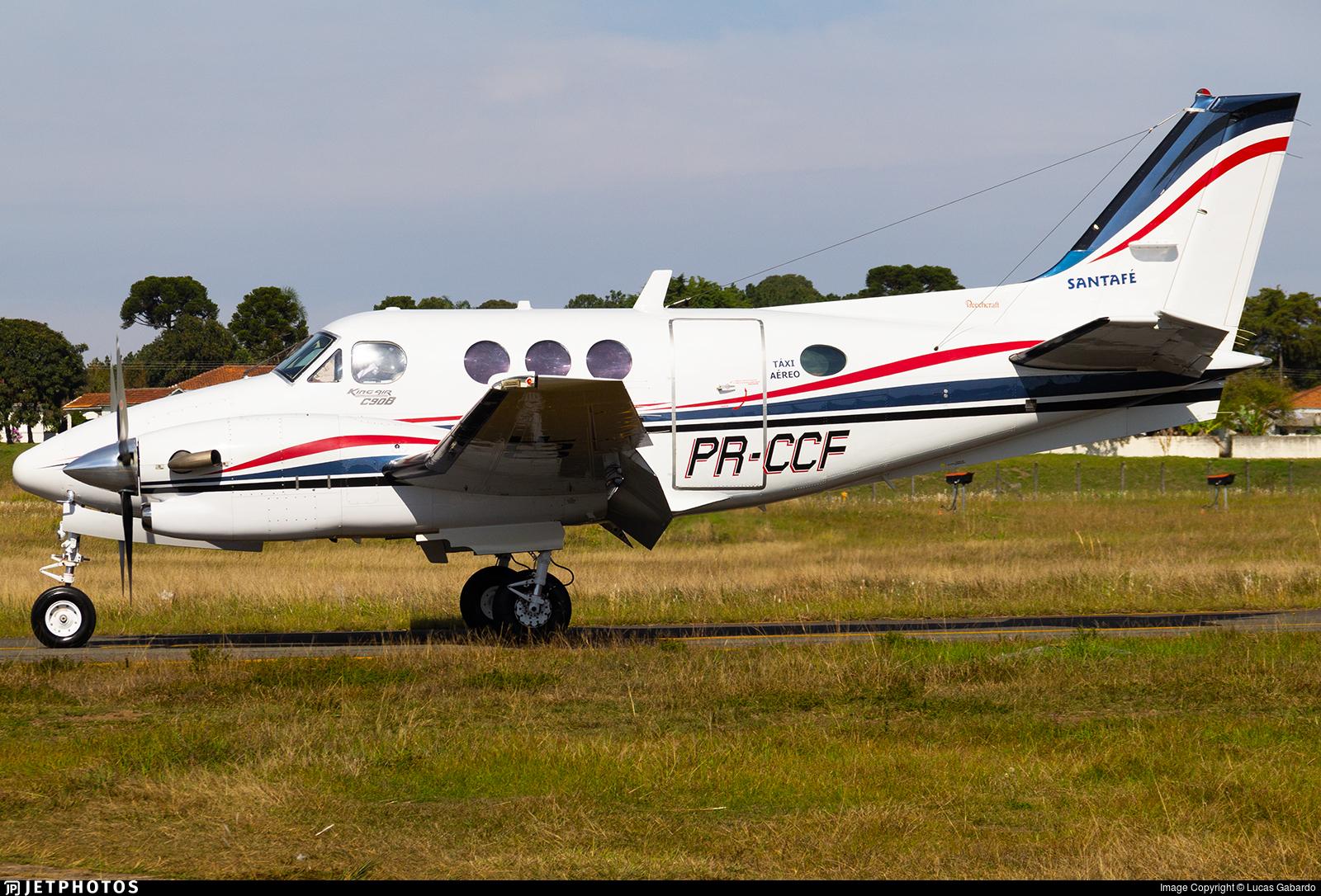 PR-CCF - Beechcraft C90A King Air - Santa Fé Táxi Aéreo