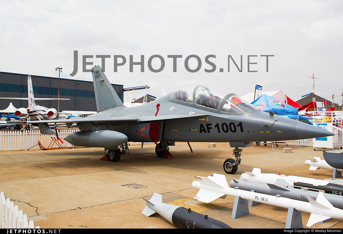 AF1001 | Hongdu L-15 Falcon | Zambia - Air Force | Wesley ...