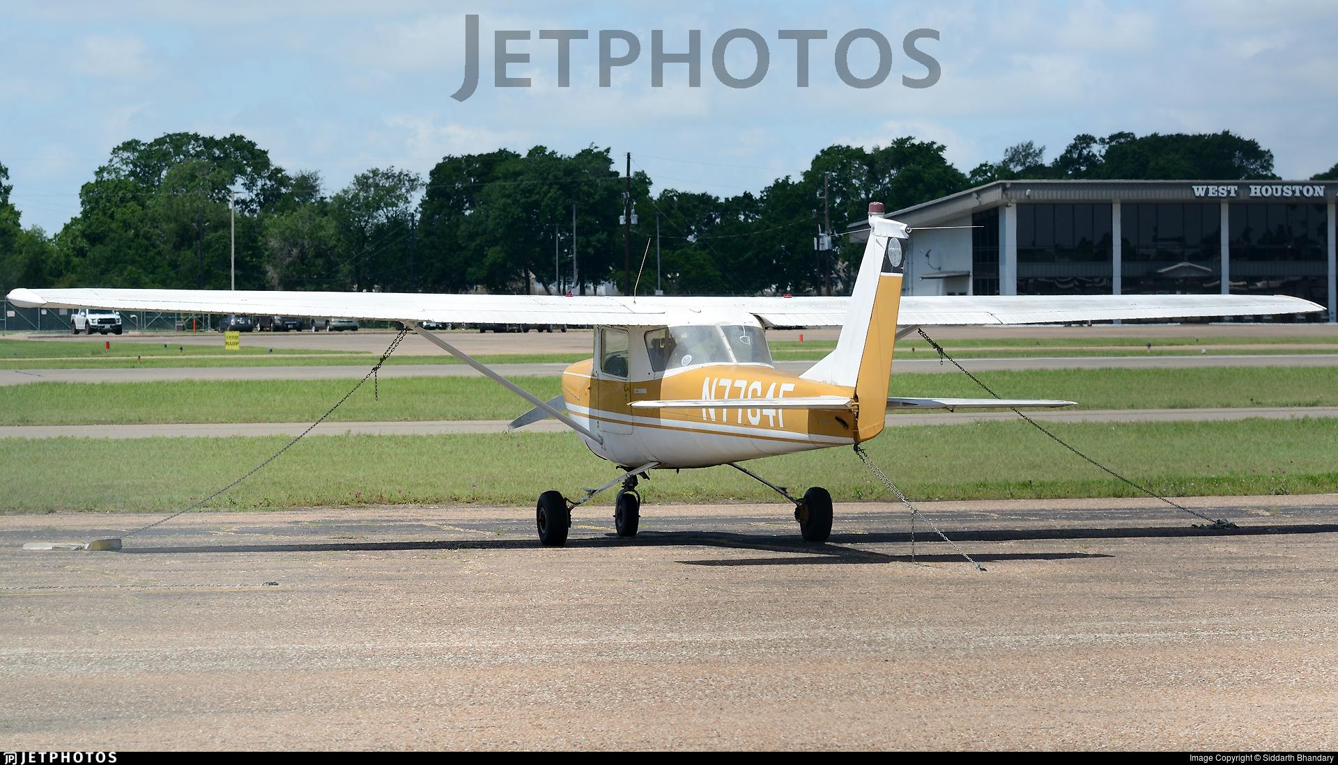 N7764F - Cessna 150F - Private