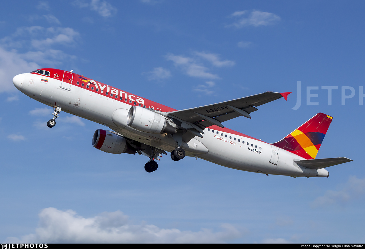 N345AV - Airbus A320-214 - Avianca