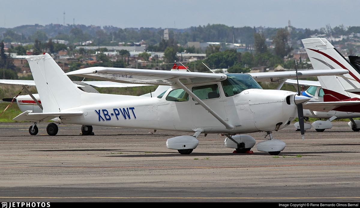 XB-PWT - Cessna 172P Skyhawk - Private