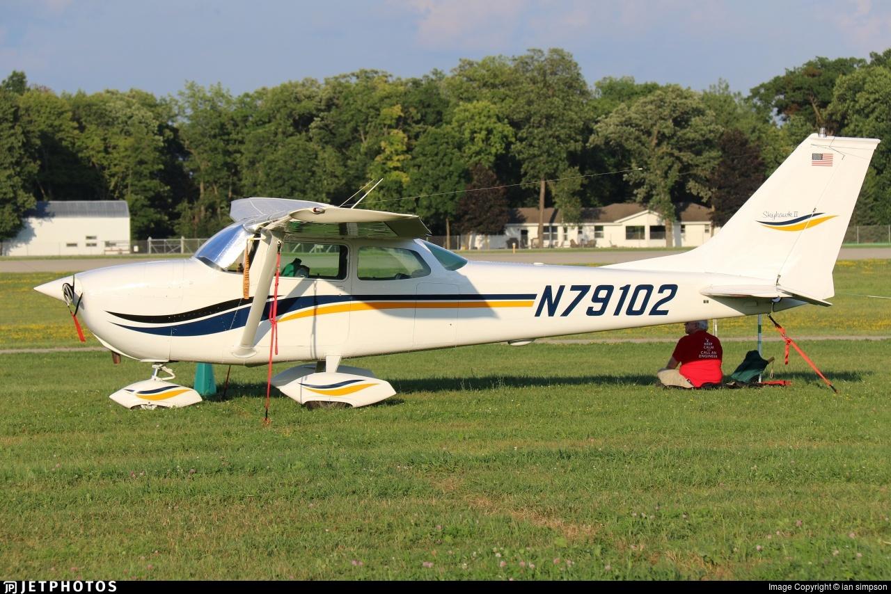 N79102 - Cessna 172N Skyhawk II - Private