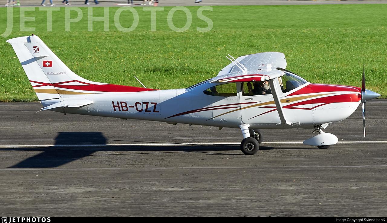 HB-CZZ - Cessna 182T Skylane - Fluggruppe Reichenbach