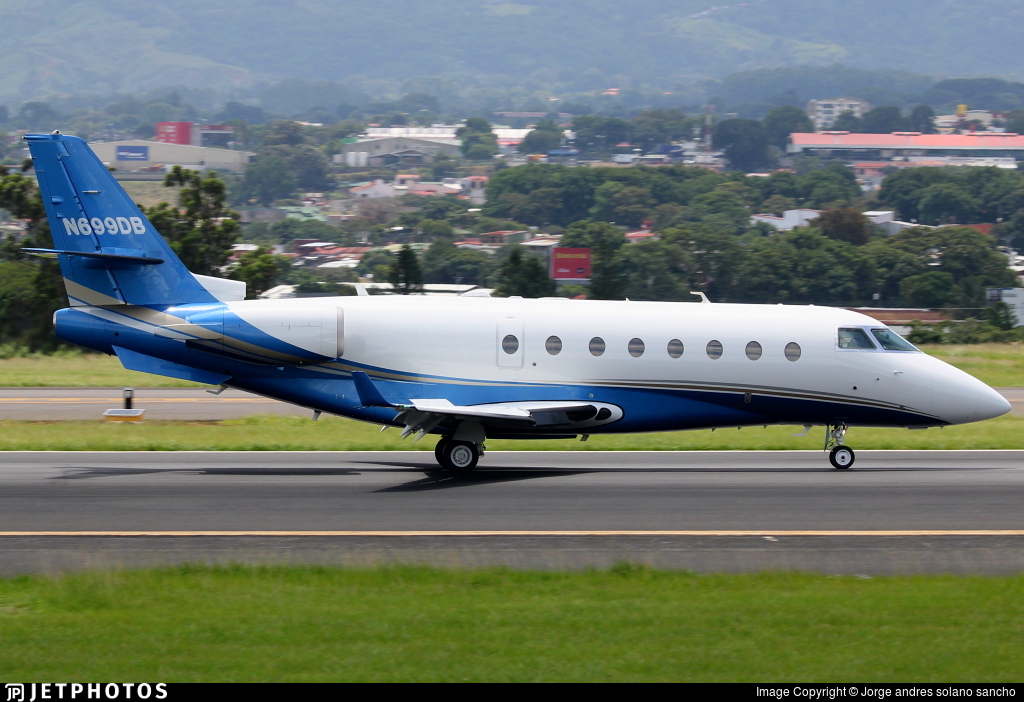 N699DB - Gulfstream G200 - Private