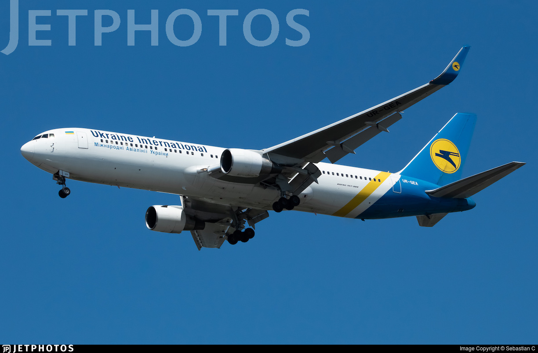 UR-GEA - Boeing 767-322(ER) - Ukraine International Airlines