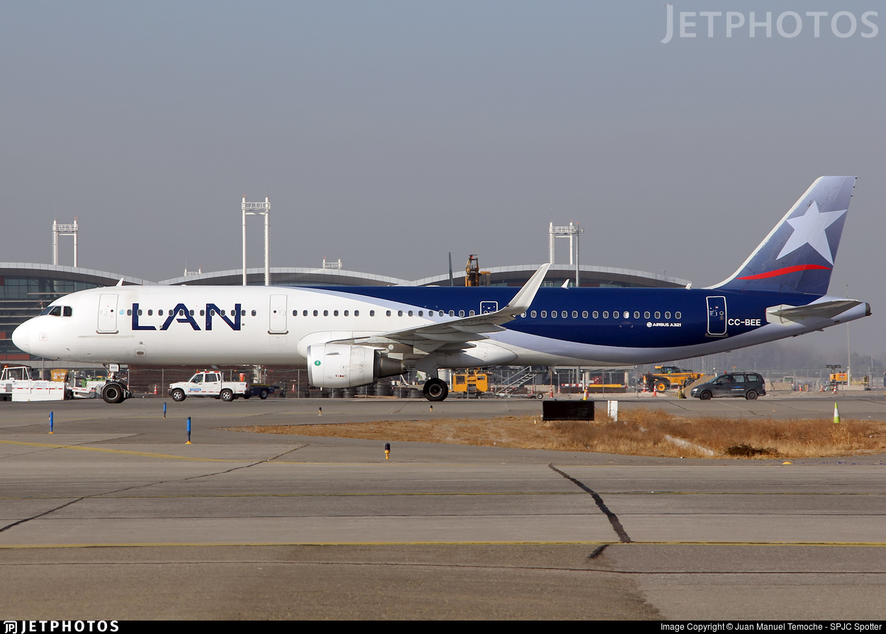 CC-BEE - Airbus A321-211 - LAN Airlines