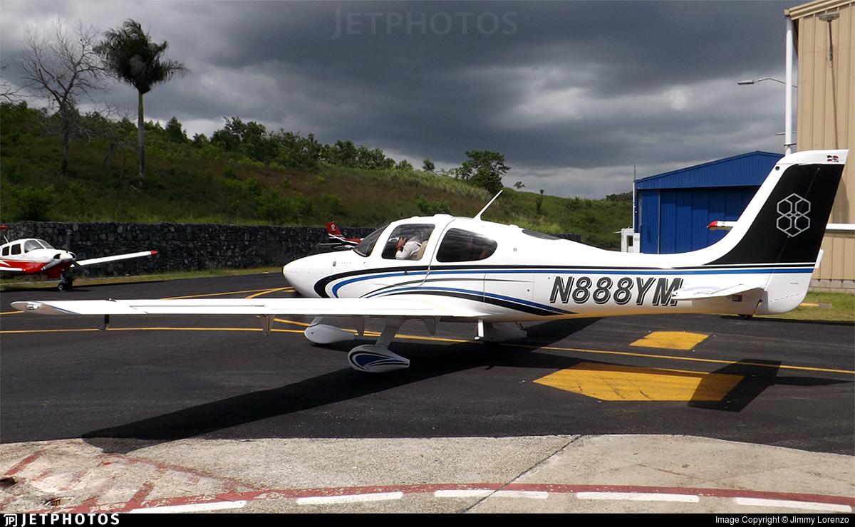 N888YM - Cirrus SR22 - Private