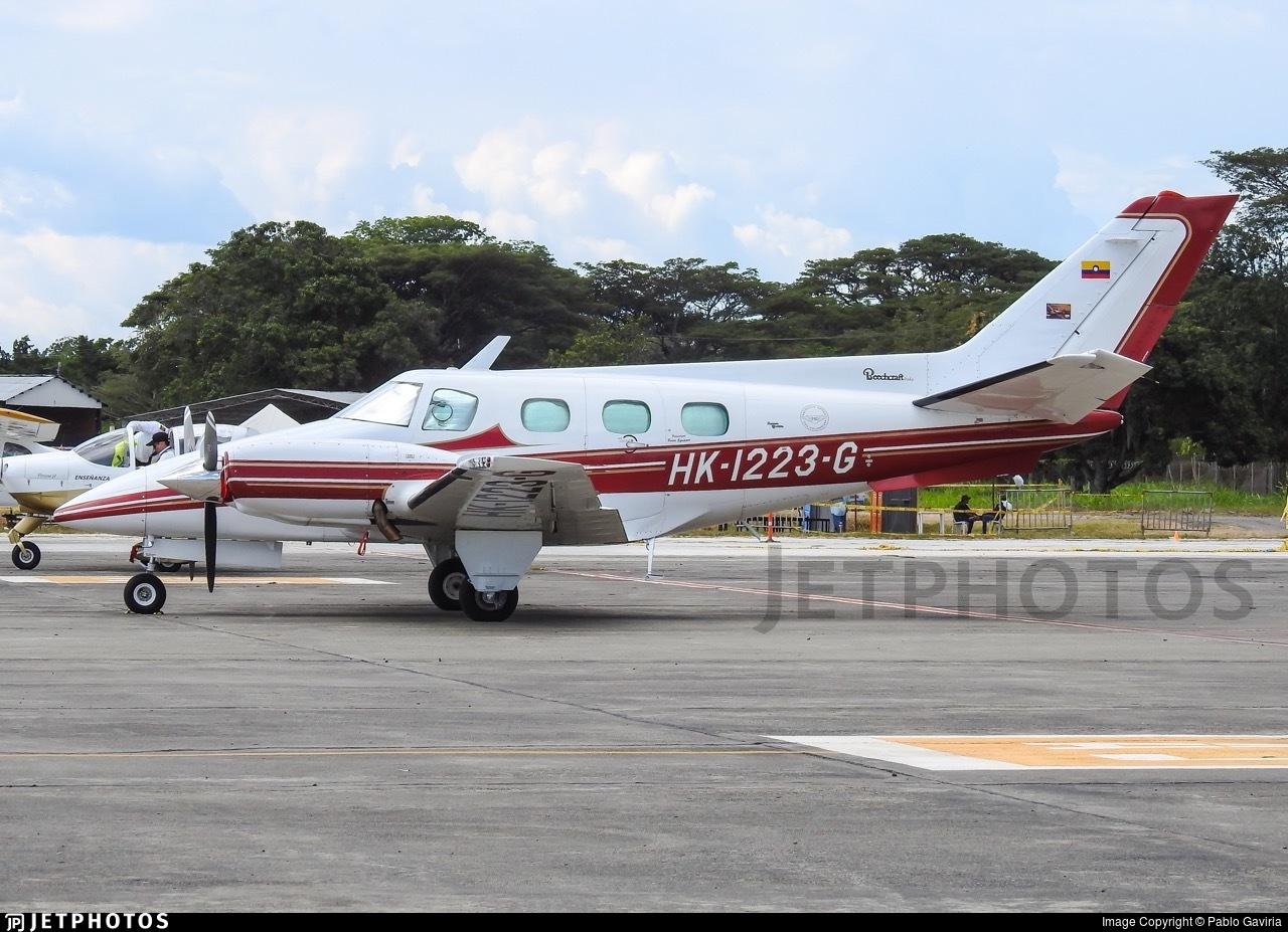 HK-1223-G - Beechcraft A60 Duke - Patrulla Aerea Civil