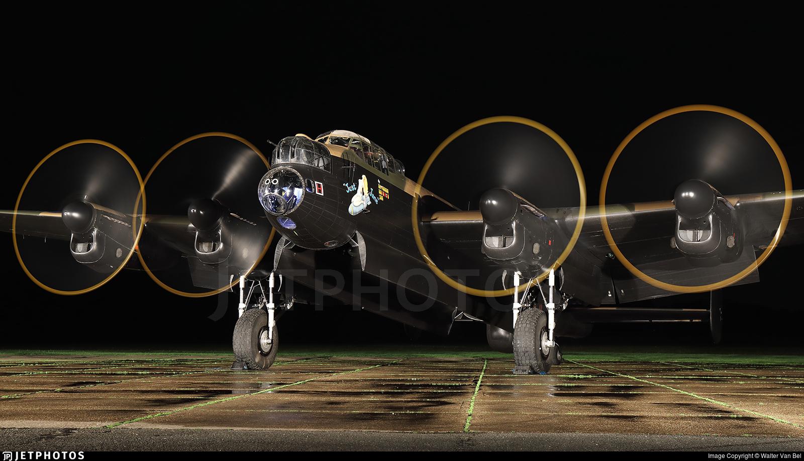 G-ASXX - Avro Lancaster Mk.VII - Lincolnshire Aviation Heritage Center