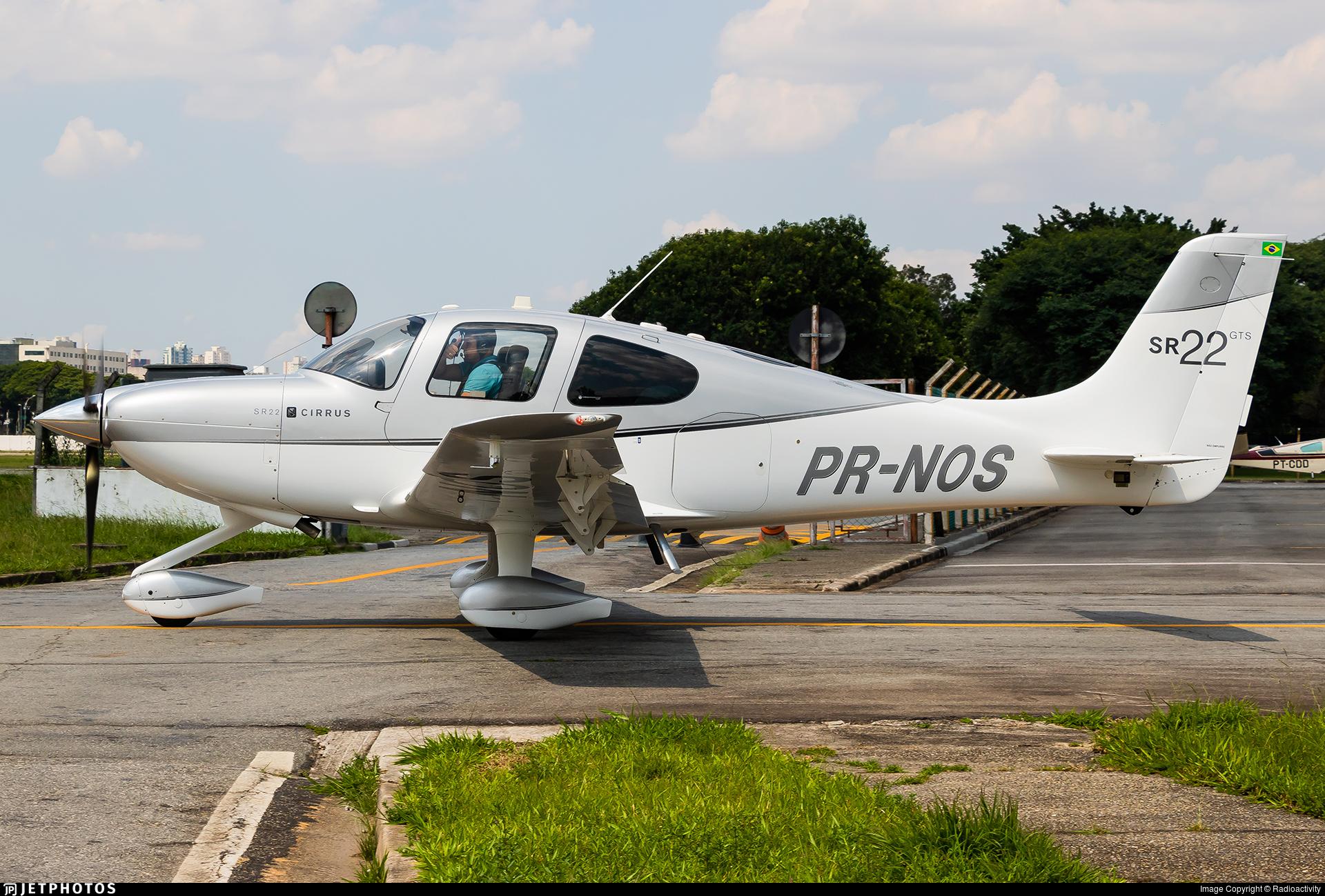 PR-NOS - Cirrus SR22-GTS - Private