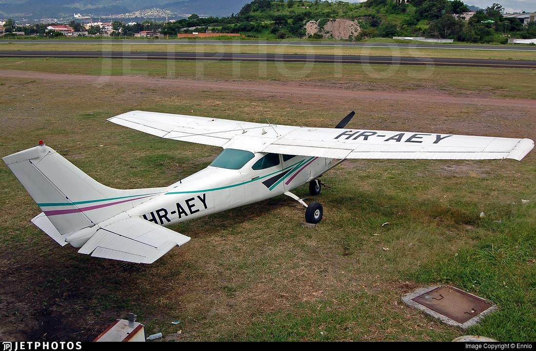 HR-AEY - Cessna 182J Skylane - Private
