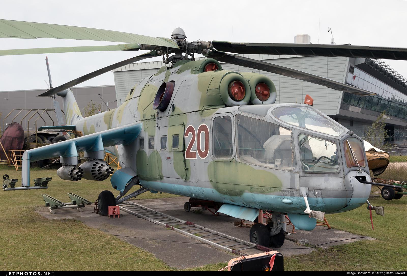 20 - Mil Mi-24 Hind A - Russia - Air Force