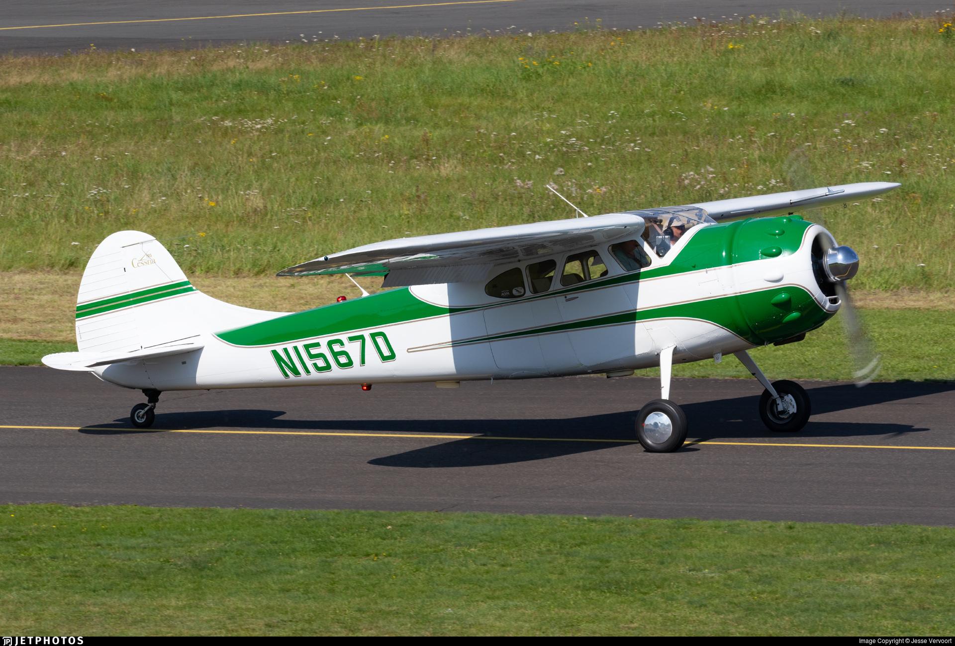 N1567D - Cessna 195A - Private