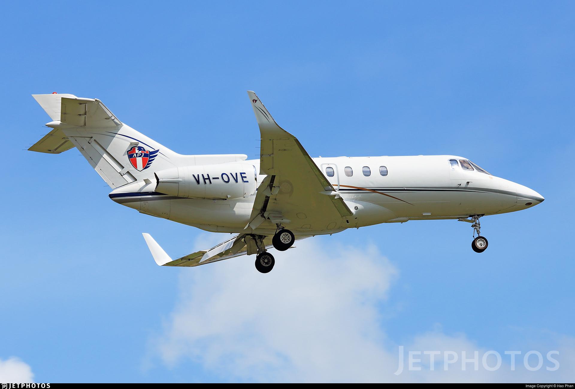 VH-OVE - Raytheon Hawker 800XP - Private