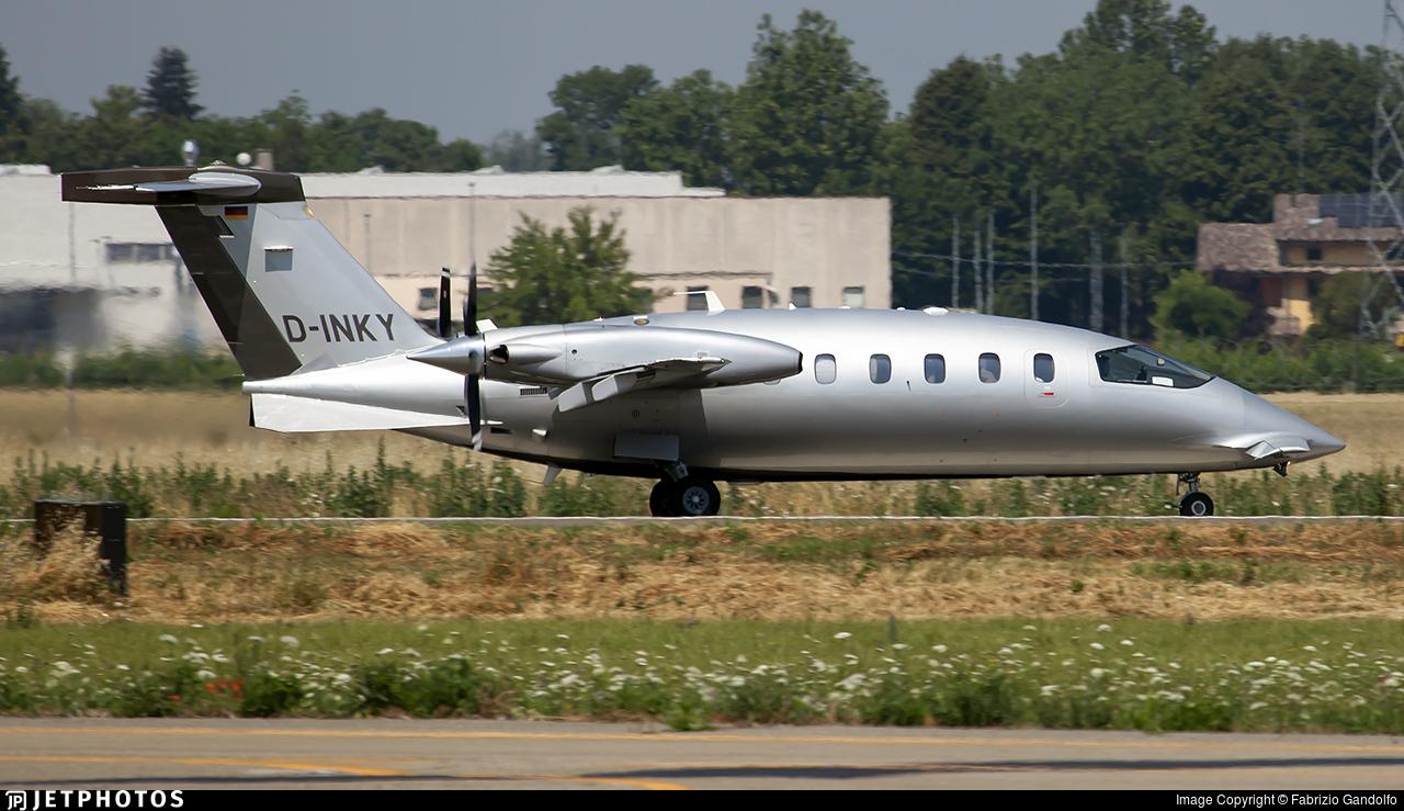 D-INKY - Piaggio P-180 Avanti - AirGO Flugservice