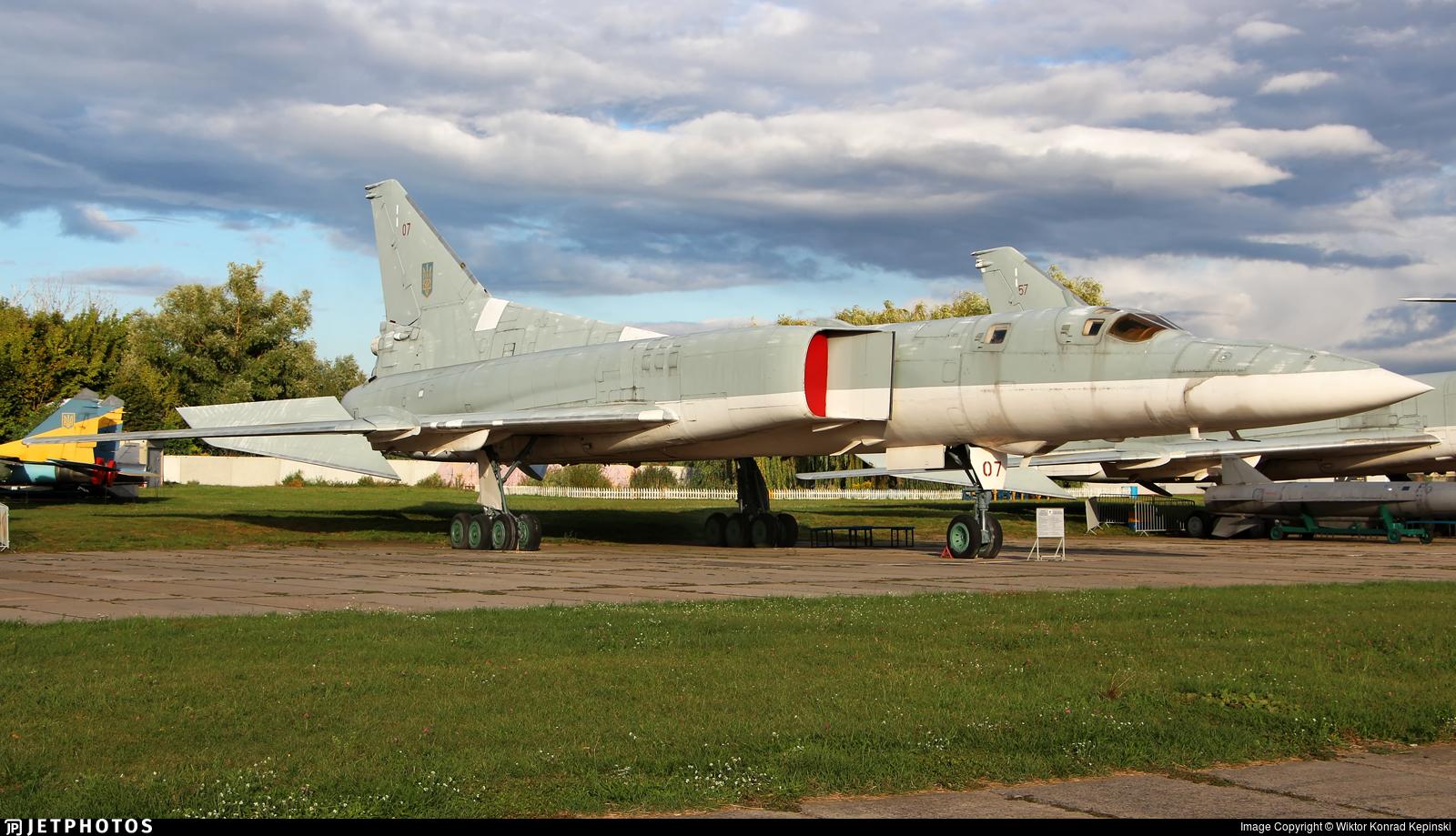 07 - Tupolev Tu-22M3 Backfire - Ukraine - Air Force