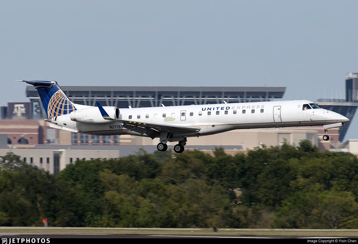 N11189 - Embraer ERJ-145XR - United Express (Commutair)