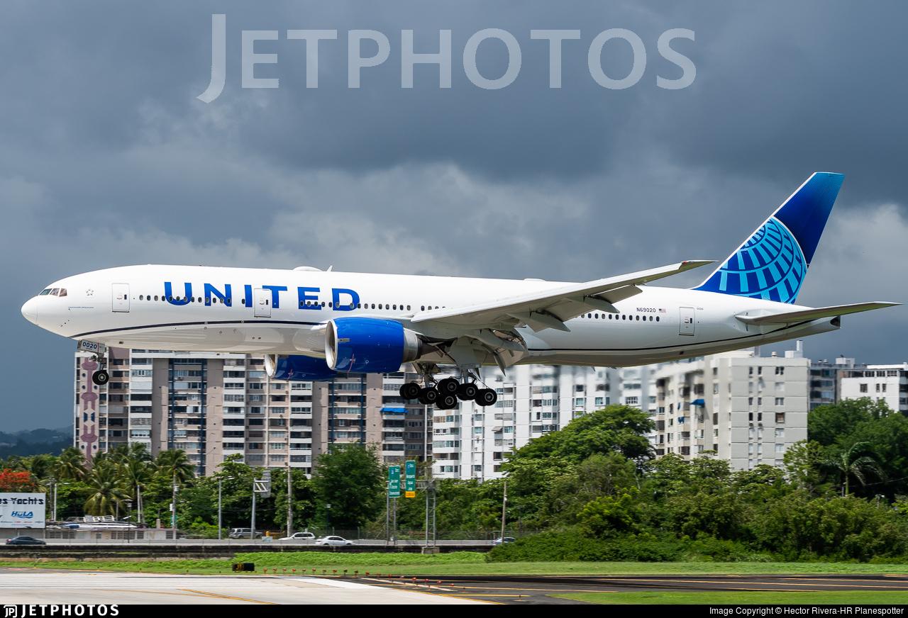 N69020 - Boeing 777-224(ER) - United Airlines