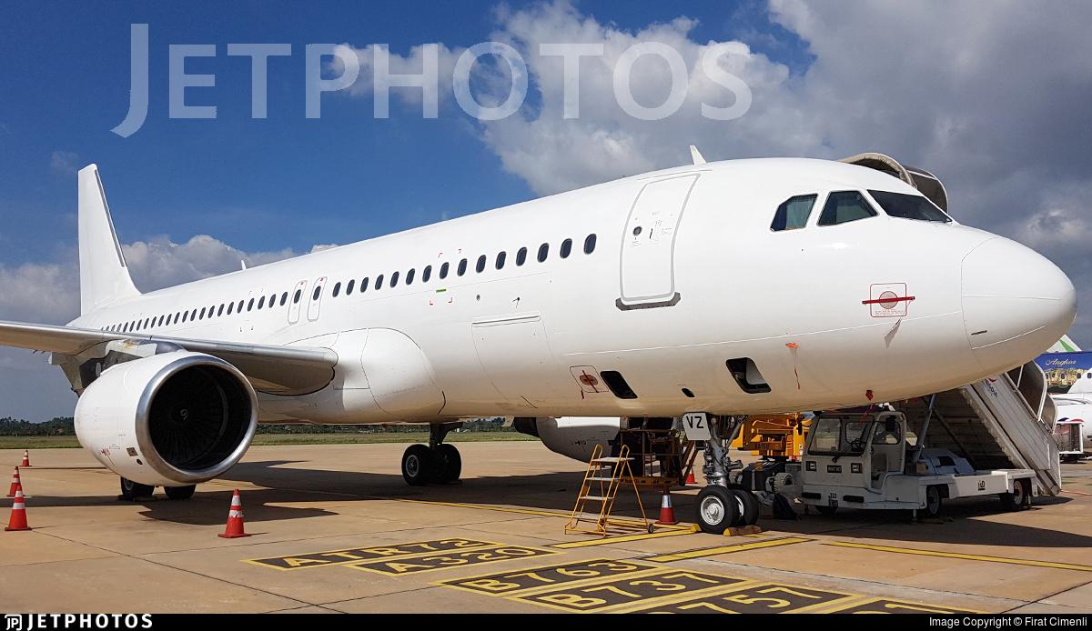 LY-NVZ - Airbus A320-214 - Avion Express