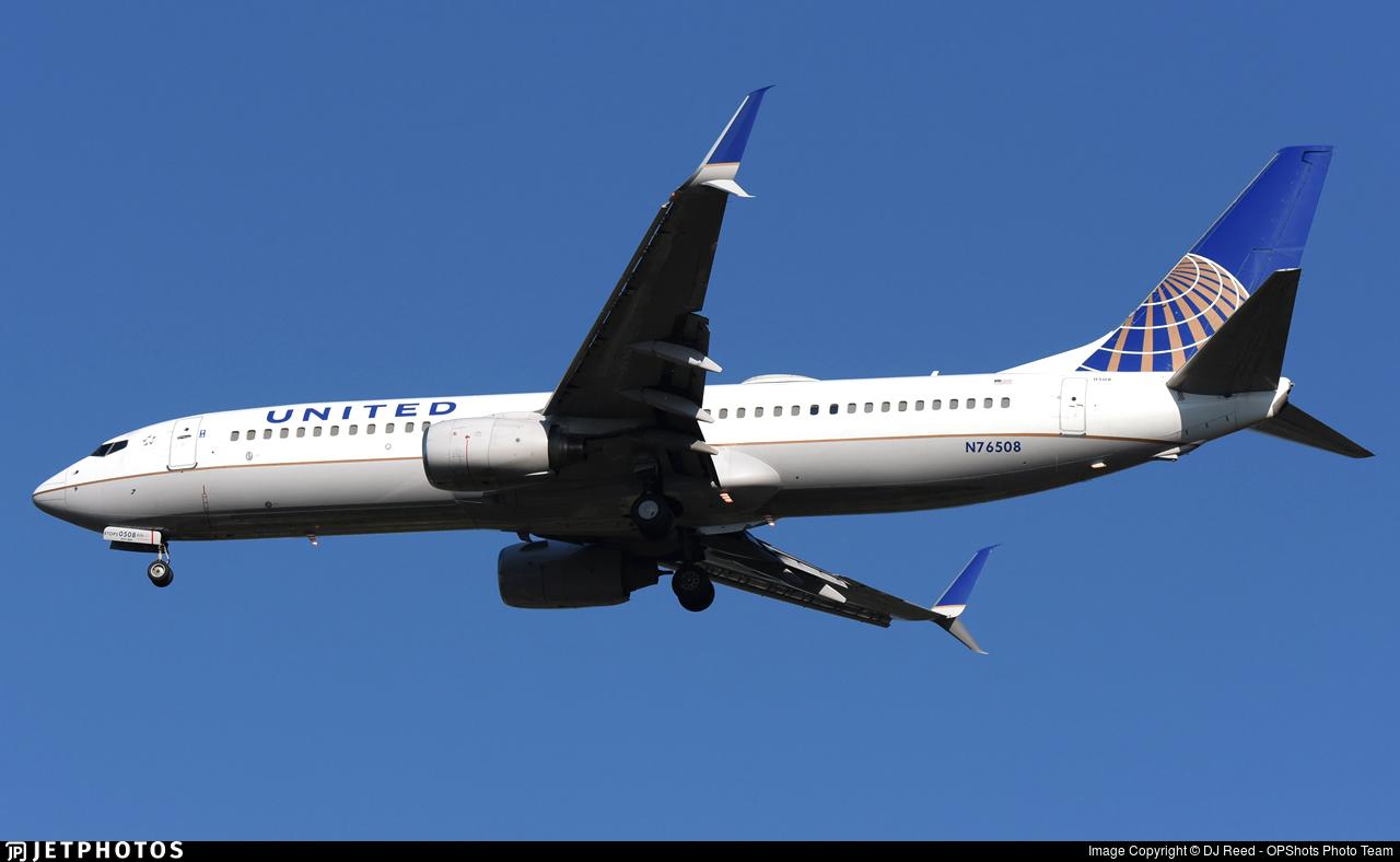 N76508 - Boeing 737-824 - United Airlines