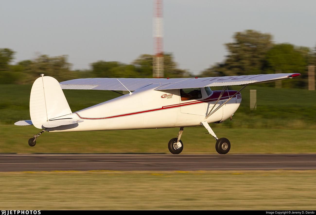 N33Y - Cessna 120 - Private