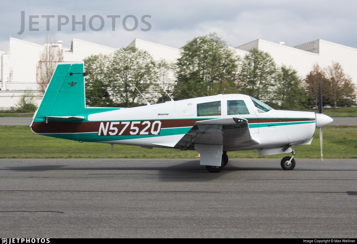 N5752Q - Mooney M20C - Private