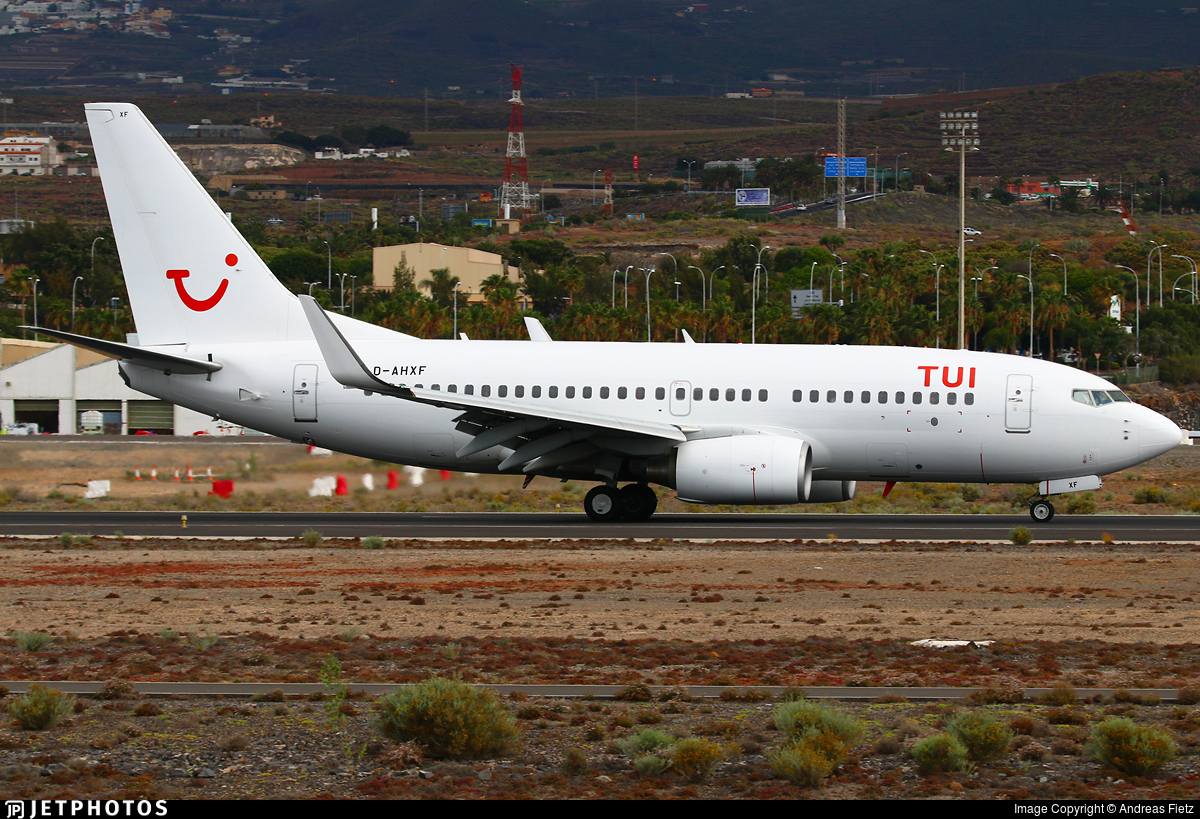 D-AHXF - Boeing 737-7K5 - TUI