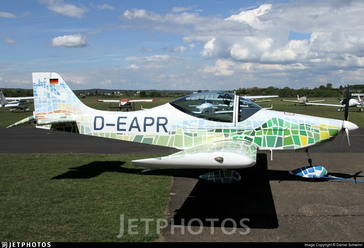 D-EAPR - Breezer B600 - Private