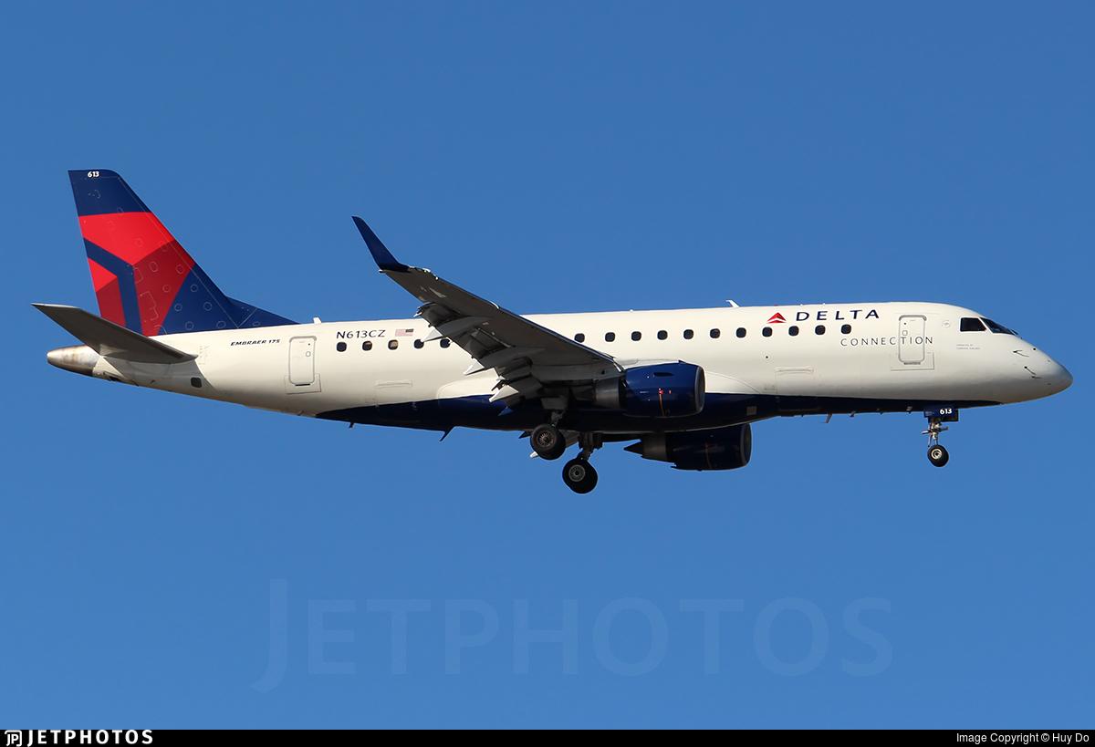 N613CZ | Embraer 170-200LR | Delta Connection (Compass