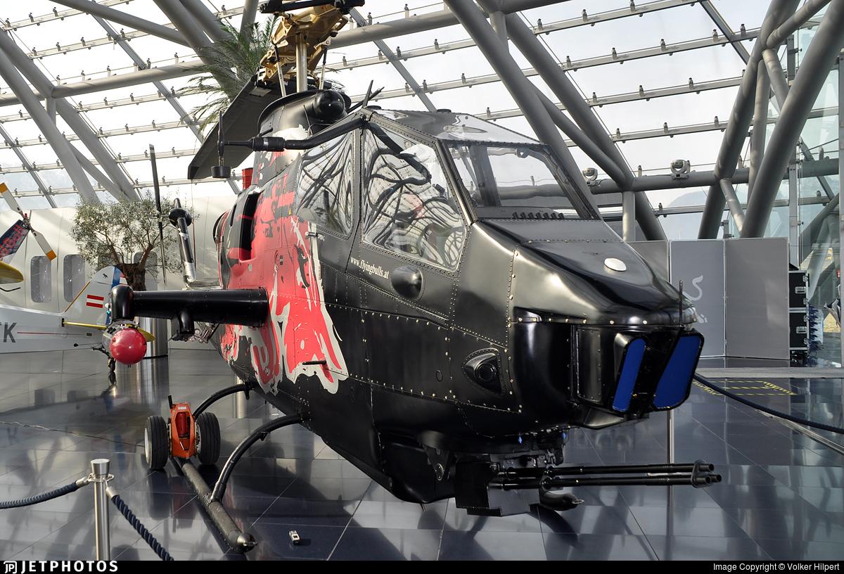 N11FX - Bell TAH-1F Cobra - The Flying Bulls