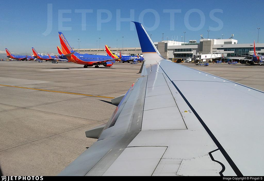 N30401 - Boeing 737-924 - United Airlines
