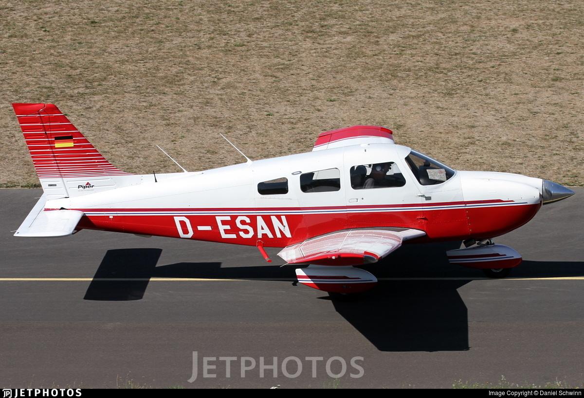 D-ESAN - Piper PA-28-181 Archer III - Private