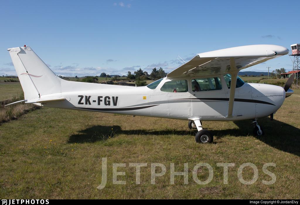 ZK-FGV - Cessna 172M Skyhawk II - Private