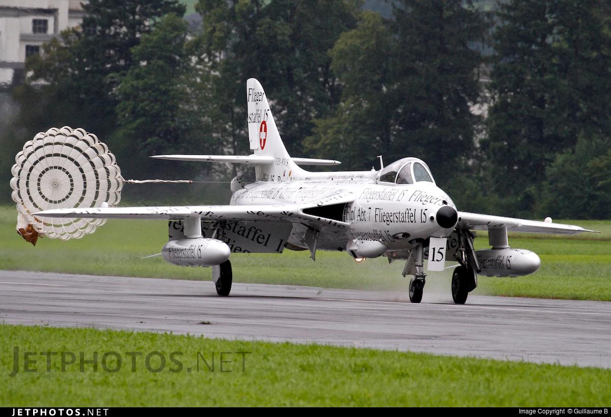HB-RVS - Hawker Hunter F.58 - Private