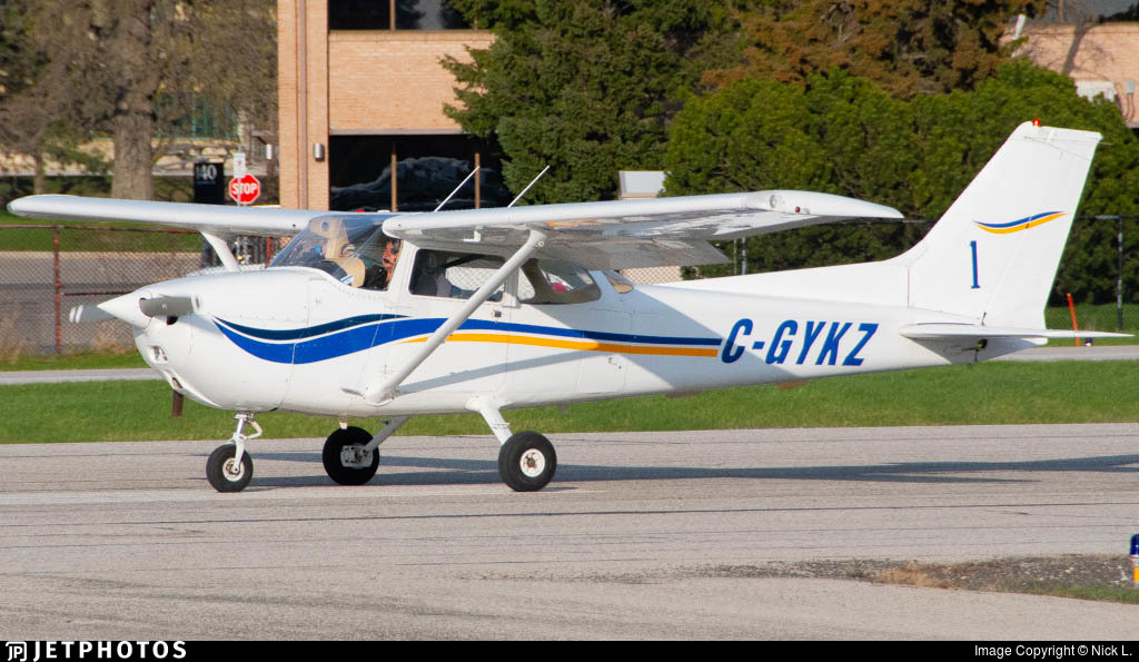 C-GYKZ - Cessna 172N Skyhawk - Private
