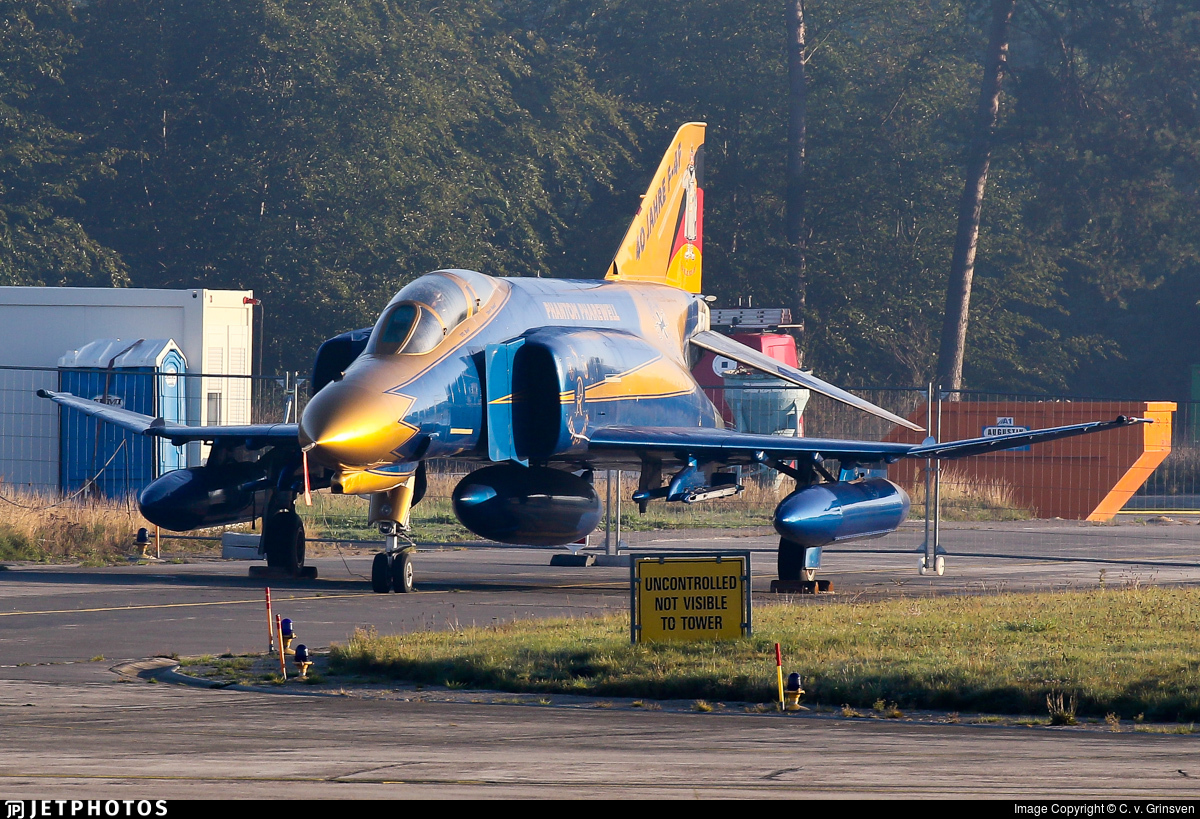 37-01 - McDonnell Douglas F-4F Phantom II - Germany - Air Force