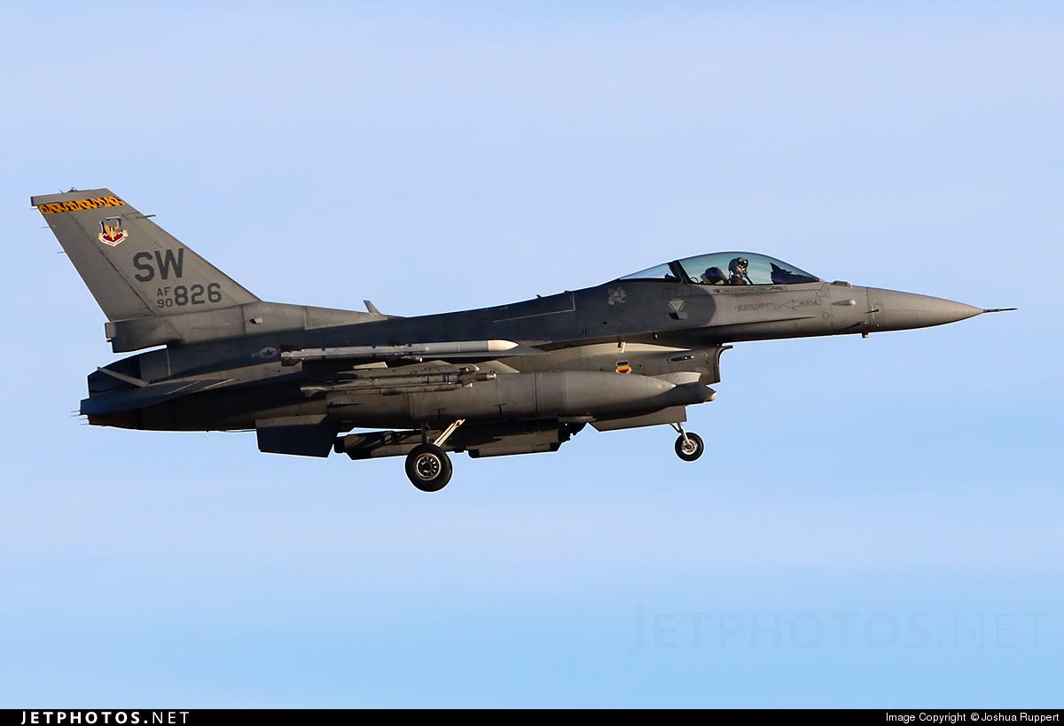 90-0826 - Lockheed Martin F-16C Fighting Falcon - United States - US Air Force (USAF)