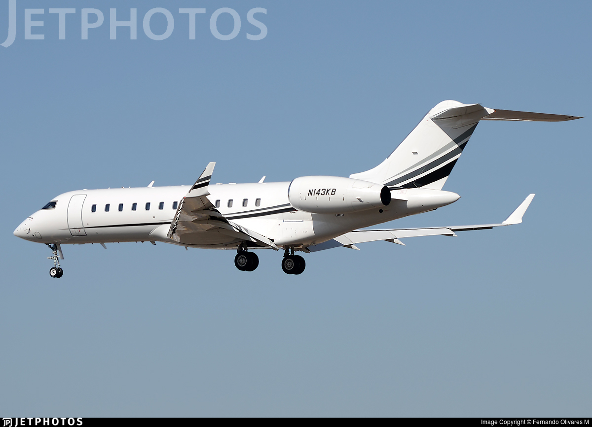 N143KB - Bombardier BD-700-1A10 Global Express - Private