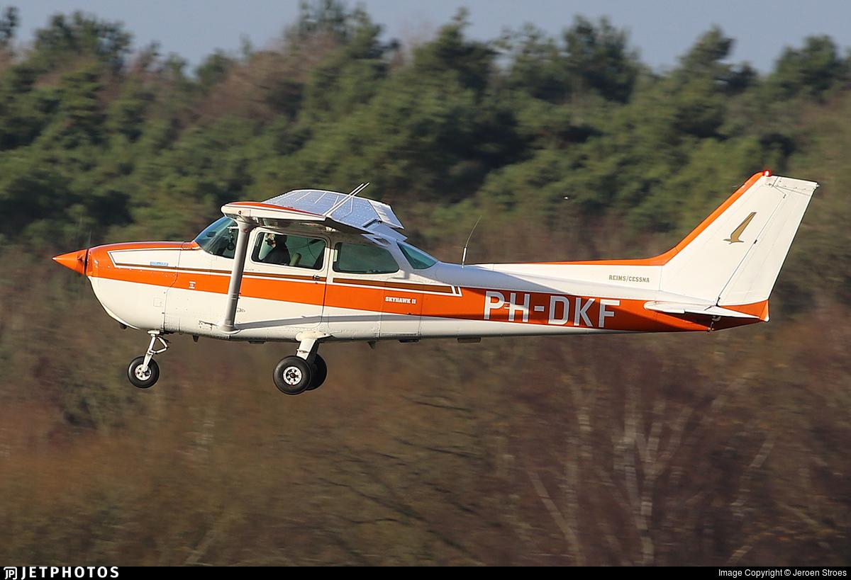 PH-DKF - Reims-Cessna F172P Skyhawk II - Private