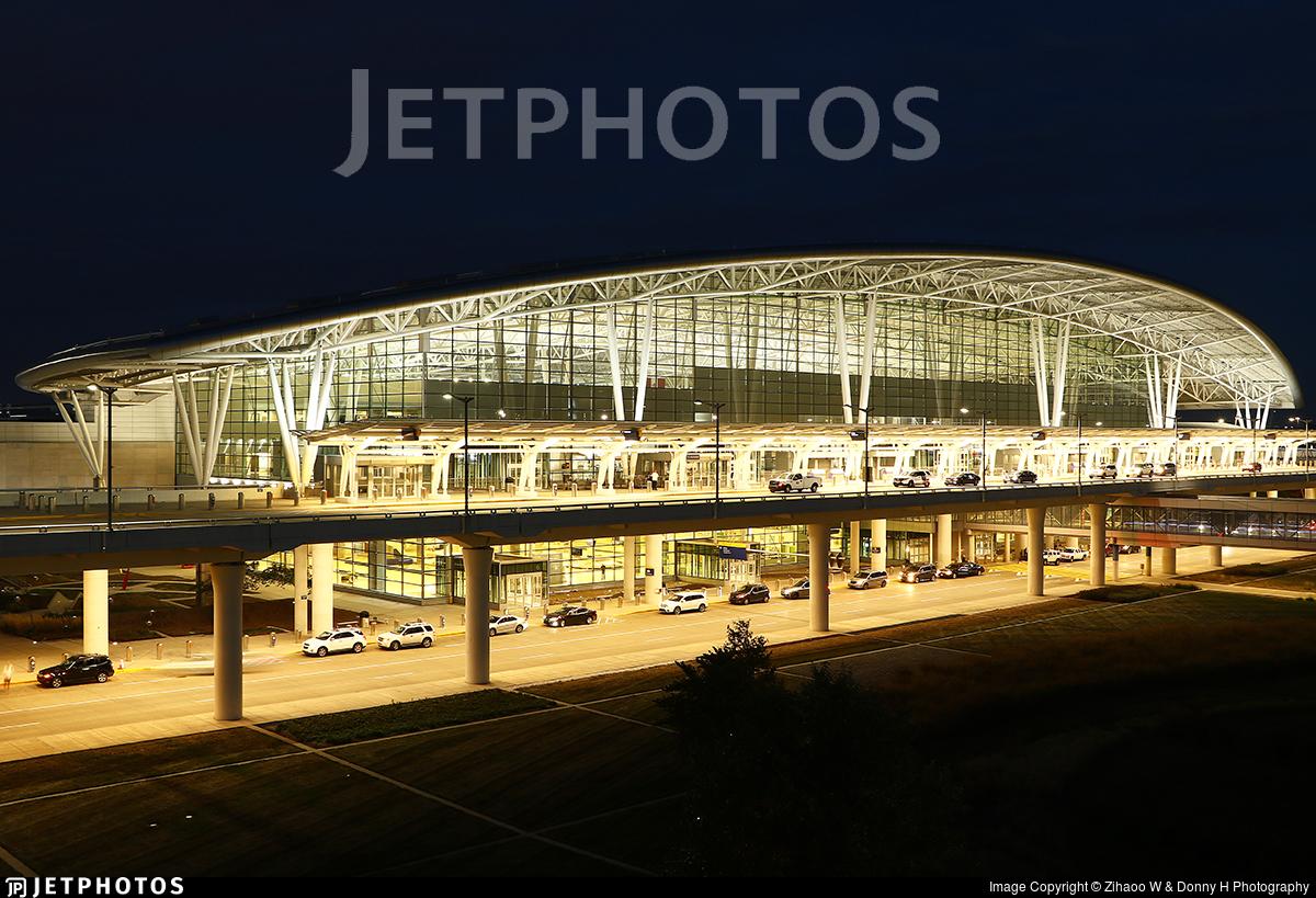 KIND - Airport - Terminal