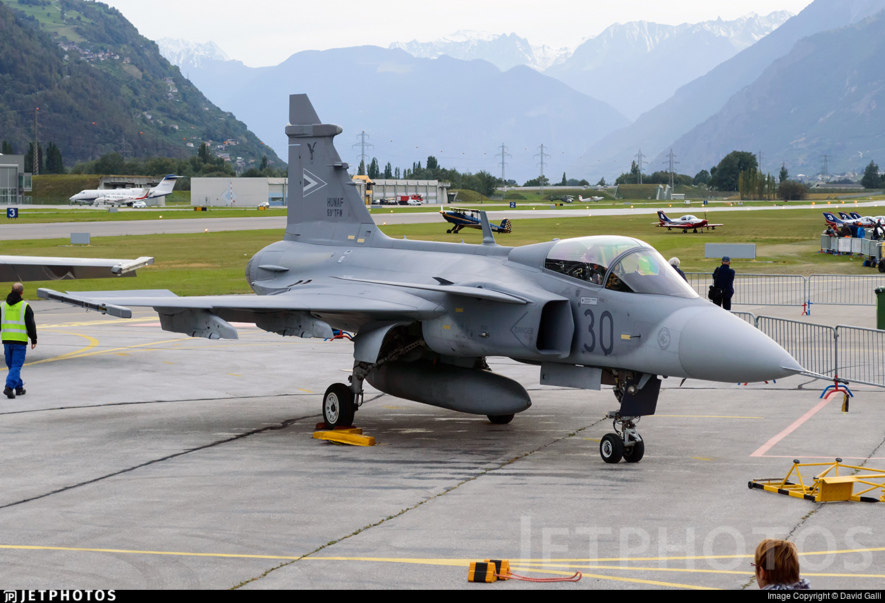 30 | Saab JAS-39C Gripen | Hungary - Air Force | David Galli | JetPhotos