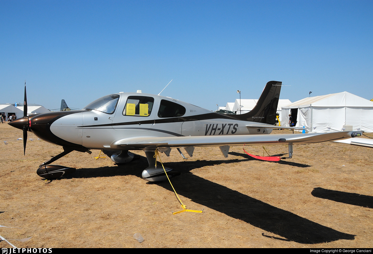VH-XTS - Cirrus SR22T-GTS Platinum - Private